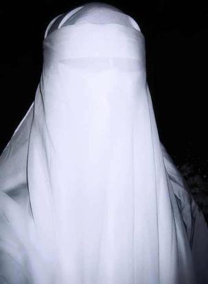 frankfurt-niqab-gespenst-160925